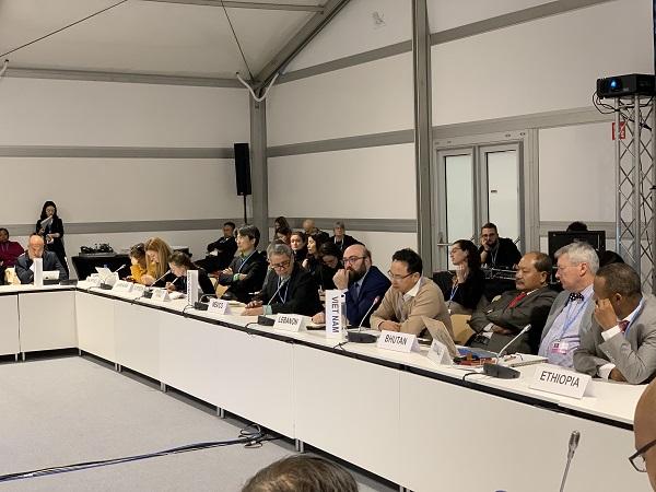 Việt Nam cùng cộng đồng thế giới xây dựng và thông qua Chương trình Nghị sự thực hiện Thoả thuận Paris